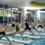 夏は涼しくプールで運動♪
